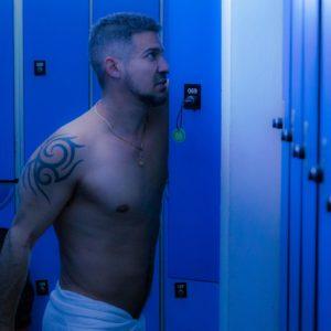 sauna octopus dispone de decenas de cabinas para dejar los efectos personales
